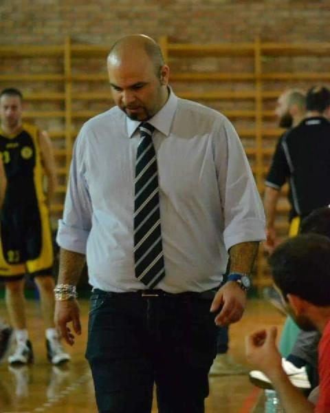 https://www.basketmarche.it/immagini_articoli/11-03-2021/ancona-sfogo-coach-carmelo-foti-devo-proprio-ammetterlo-manchi-fine-vinceremo-insieme-600.jpg