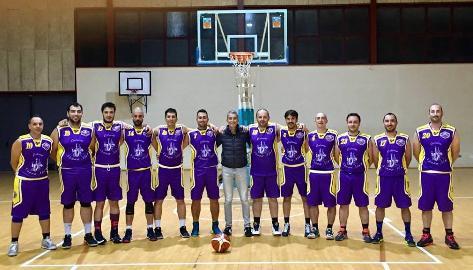 https://www.basketmarche.it/immagini_articoli/11-04-2018/promozione-antonio-stilla-vince-la-classifica-marcatori-sul-podio-anche-magrini-e-medde-270.jpg