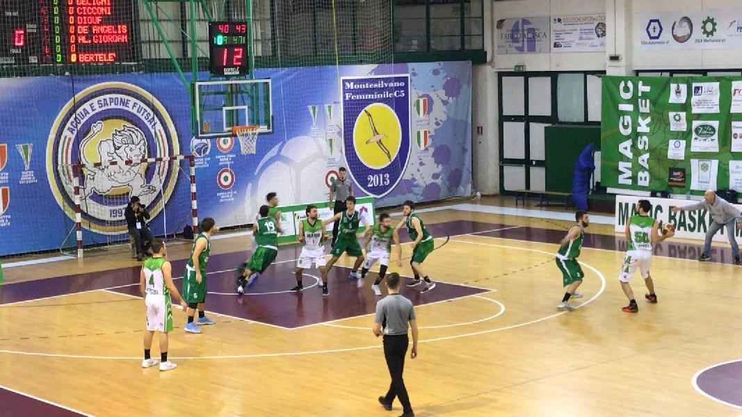 https://www.basketmarche.it/immagini_articoli/11-04-2019/gold-playoff-presentazione-magic-basket-chieti-bramante-pesaro-statistiche-parole-allenatori-600.jpg