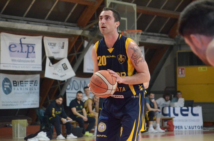 https://www.basketmarche.it/immagini_articoli/11-04-2019/sutor-montegranaro-lanfranco-mosconi-matelica-venderemo-cara-pelle-600.jpg