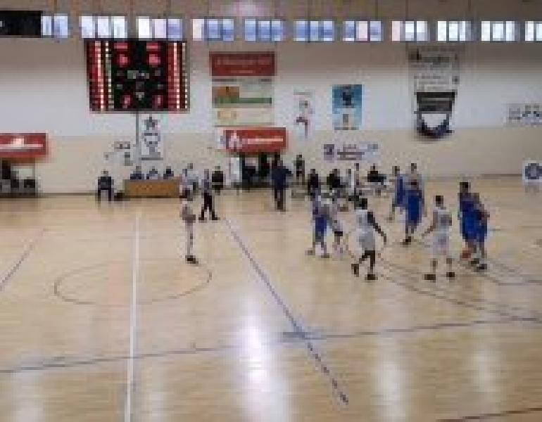 https://www.basketmarche.it/immagini_articoli/11-04-2021/libertas-altamura-vittoria-battendo-mola-basket-600.jpg