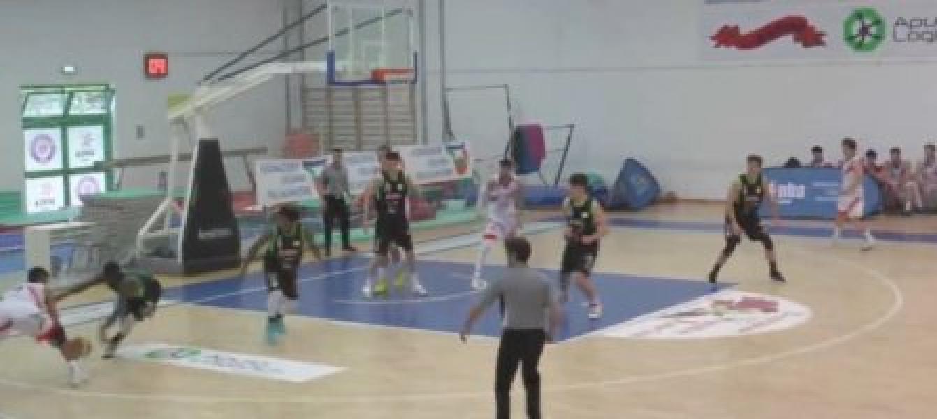 https://www.basketmarche.it/immagini_articoli/11-04-2021/tripla-angelis-regala-vittoria-basket-corato-campo-adria-bari-600.jpg
