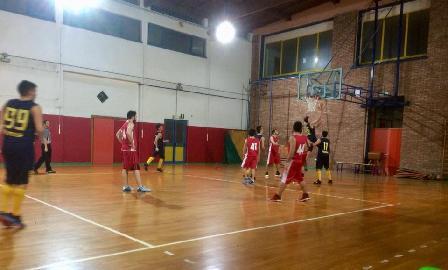 https://www.basketmarche.it/immagini_articoli/11-05-2018/promozione-playoff-gara-2-la-dinamis-falconara-si-gioca-tutto-contro-i-wildcats-pesaro-270.jpg