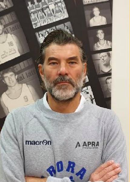 https://www.basketmarche.it/immagini_articoli/11-06-2021/aurora-jesi-occhi-pallacanestro-crema-coach-marcello-ghizzinardi-600.png