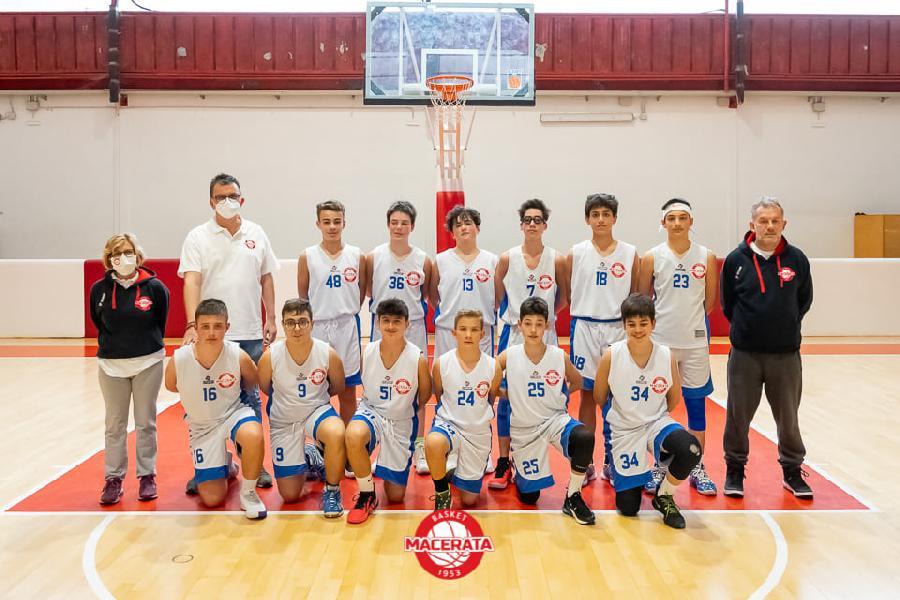 https://www.basketmarche.it/immagini_articoli/11-06-2021/under-basket-macerata-espugna-montegranaro-rimane-imbattuto-600.jpg