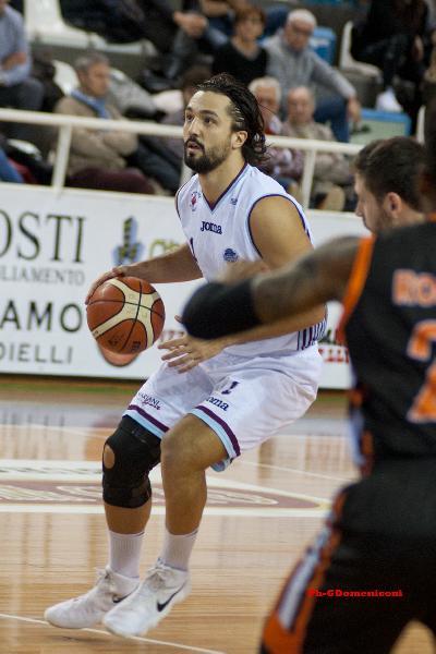 https://www.basketmarche.it/immagini_articoli/11-07-2020/ufficiale-claudio-tommasini-allnpc-rieti-600.jpg