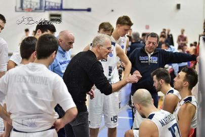 https://www.basketmarche.it/immagini_articoli/11-08-2018/serie-c-gold-claudio-corà-è-l-allenatore-dell-unibasket-lanciano-270.jpg