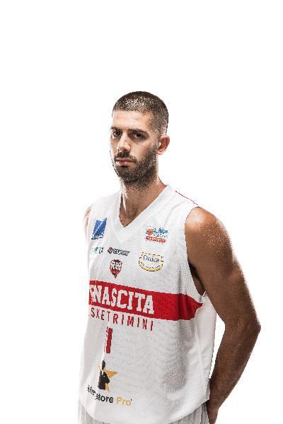 https://www.basketmarche.it/immagini_articoli/11-08-2020/luca-bedetti-lascia-rinascita-basket-rimini-vicino-accordo-green-basket-palermo-600.jpg