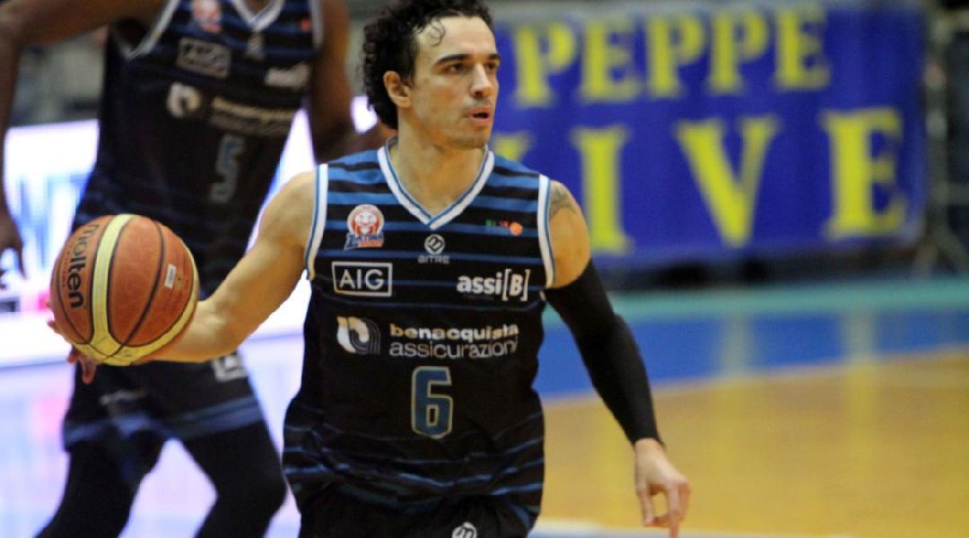 https://www.basketmarche.it/immagini_articoli/11-08-2020/ufficiale-marco-passera-giocatore-latina-basket-600.jpg