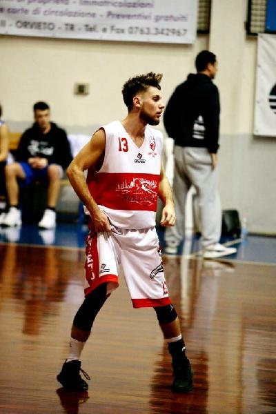 https://www.basketmarche.it/immagini_articoli/11-09-2018/serie-silver-lorvieto-basket-presenta-suoi-giovani-conosciamo-meglio-federico-bonifazi-600.jpg
