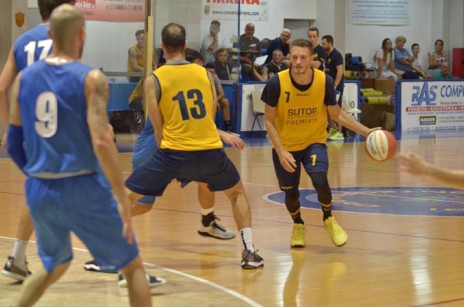 https://www.basketmarche.it/immagini_articoli/11-09-2019/sutor-montegranaro-cresce-supera-porto-sant-elpidio-basket-dopo-supplementare-600.jpg