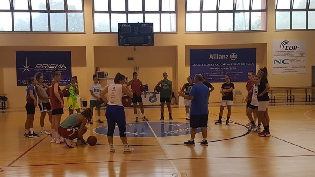 https://www.basketmarche.it/immagini_articoli/11-09-2021/feba-civitanova-pronta-primo-test-amichevole-basket-2000-senigallia-600.jpg
