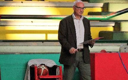 https://www.basketmarche.it/immagini_articoli/11-10-2017/serie-c-silver-quattro-chiacchiere-con-vincenzo-romano-allenatore-della-sambenedettese-basket-270.jpg