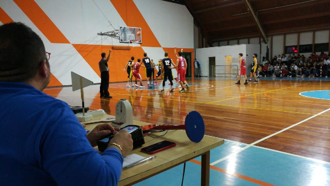 https://www.basketmarche.it/immagini_articoli/11-10-2019/basket-fanum-parte-piede-giusto-espugna-campo-boys-fabriano-600.jpg