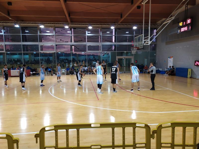 https://www.basketmarche.it/immagini_articoli/11-10-2019/serie-silver-campo-giornata-programma-completo-arbitri-designati-600.jpg