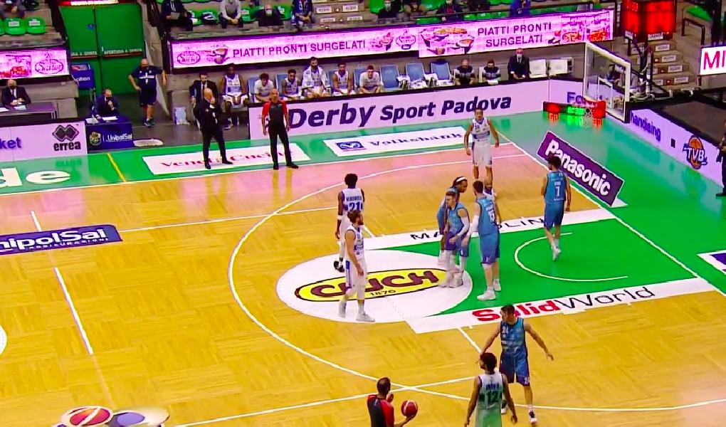 https://www.basketmarche.it/immagini_articoli/11-10-2020/pallacanestro-brescia-espugna-campo-longhi-treviso-600.png