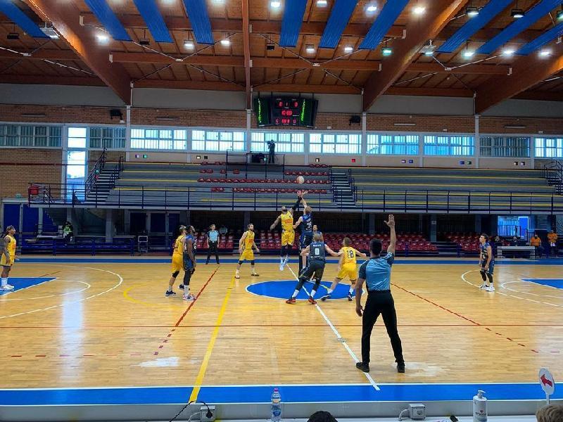 https://www.basketmarche.it/immagini_articoli/11-10-2020/supercoppa-latina-basket-supera-scafati-basket-dopo-supplementare-600.jpg