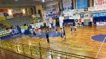 https://www.basketmarche.it/immagini_articoli/11-10-2021/eccellenza-metauro-basket-academy-passa-campo-basket-todi-120.png