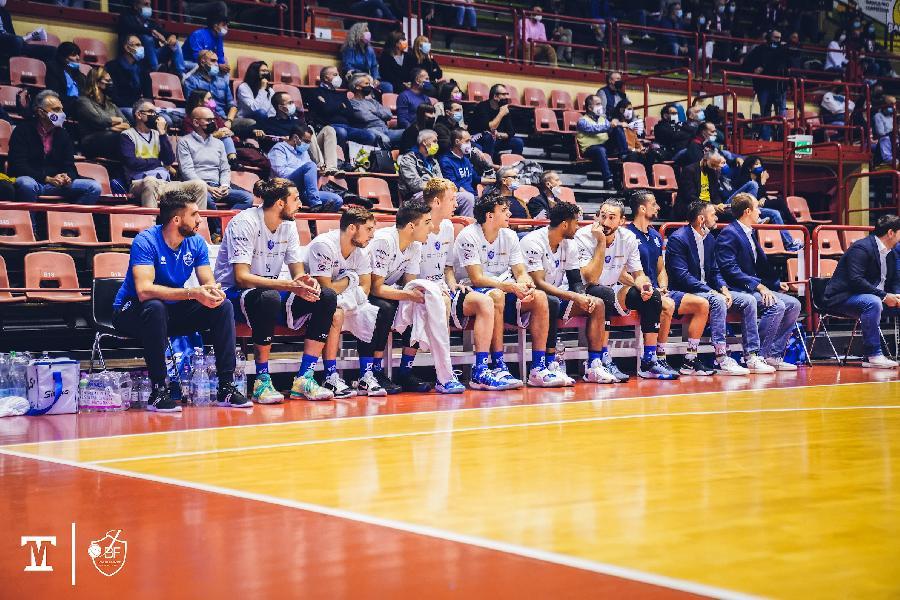 https://www.basketmarche.it/immagini_articoli/11-10-2021/janus-fabriano-coach-pansa-sono-orgoglioso-prestazione-caratteriale-ragazzi-600.jpg