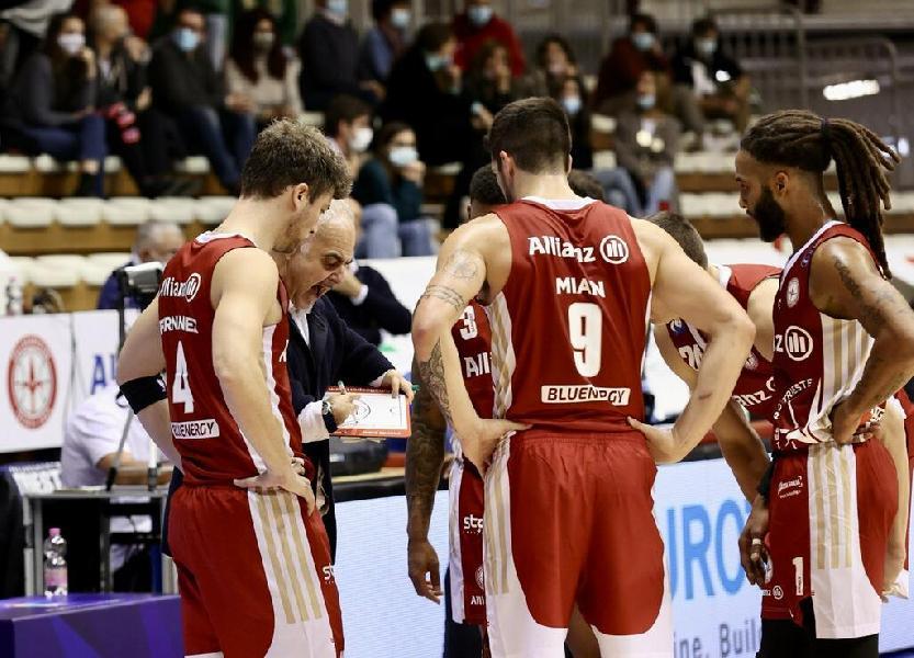 https://www.basketmarche.it/immagini_articoli/11-10-2021/pallacanestro-trieste-coach-ciani-decisiva-difesa-ultimi-minuti-bene-banks-sanders-campogrande-600.jpg