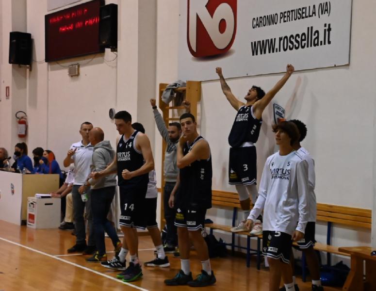 https://www.basketmarche.it/immagini_articoli/11-10-2021/virtus-civitanova-trova-punti-derby-sutor-montegranaro-600.jpg