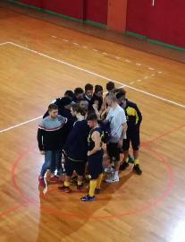 https://www.basketmarche.it/immagini_articoli/11-11-2017/prima-divisione-b-il-p73-conero-espugna-il-campo-della-dinamis-falconara-270.jpg