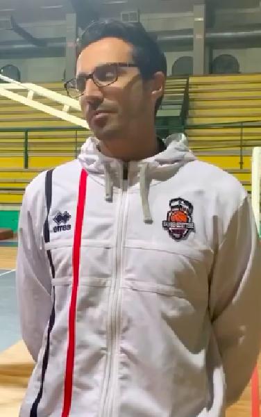 https://www.basketmarche.it/immagini_articoli/11-11-2019/sambenedettese-basket-coach-aniello-dobbiamo-resistere-break-negativi-buttano-600.png