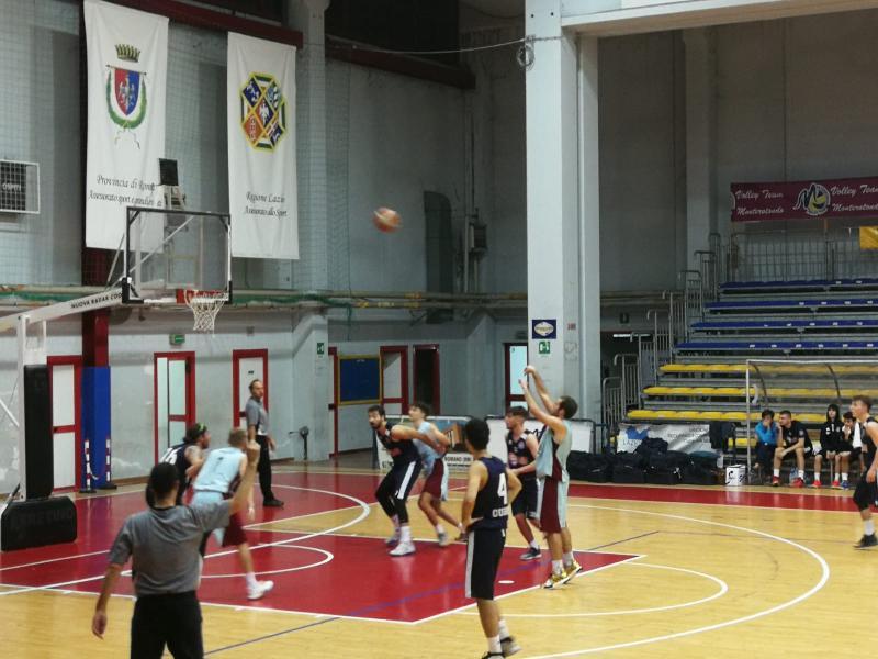 https://www.basketmarche.it/immagini_articoli/11-11-2019/tiri-liberi-tironzelli-regalano-importante-vittoria-basket-gubbio-600.jpg