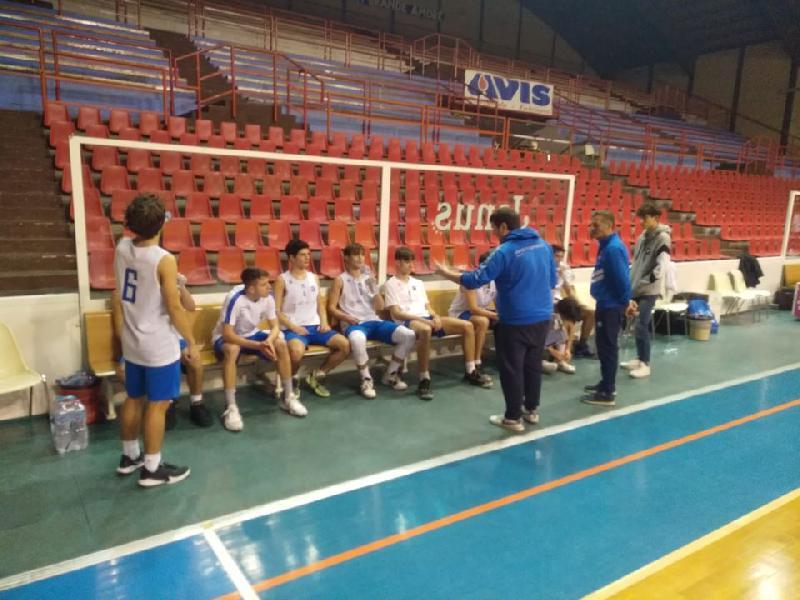 https://www.basketmarche.it/immagini_articoli/11-12-2019/under-gold-janus-fabriano-supera-pallacanestro-senigallia-continua-correre-600.jpg