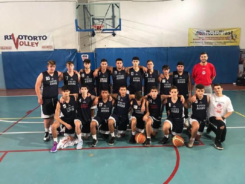 https://www.basketmarche.it/immagini_articoli/11-12-2019/under-gold-virtus-assisi-conquista-terza-vittoria-consecutiva-pontevecchio-600.jpg