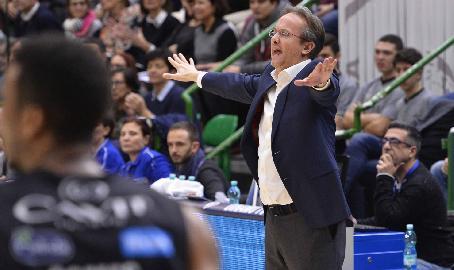 https://www.basketmarche.it/immagini_articoli/12-01-2018/serie-a-verso-vuelle-pesaro-dinamo-sassari-le-parole-di-coach-federico-pasquini-270.jpg