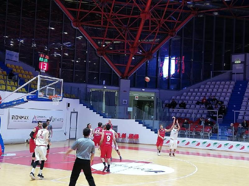 https://www.basketmarche.it/immagini_articoli/12-01-2019/serie-silver-live-girone-abruzzo-marche-quarta-giornata-ritorno-tempo-reale-600.jpg