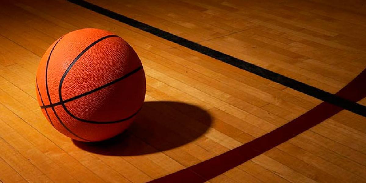https://www.basketmarche.it/immagini_articoli/12-01-2020/regionale-umbria-colpisce-avversario-durante-partita-daspo-anno-giocatore-600.jpg