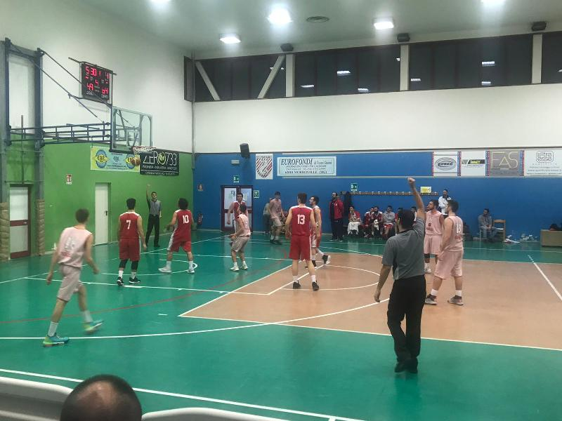 https://www.basketmarche.it/immagini_articoli/12-01-2020/tortolini-magrini-guidano-amatori-severino-vittoria-campo-ponte-morrovalle-600.jpg