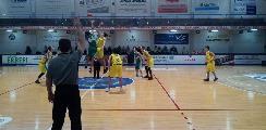 https://www.basketmarche.it/immagini_articoli/12-02-2020/under-eccellenza-stamura-ancona-passa-campo-poderosa-montegranaro-120.jpg