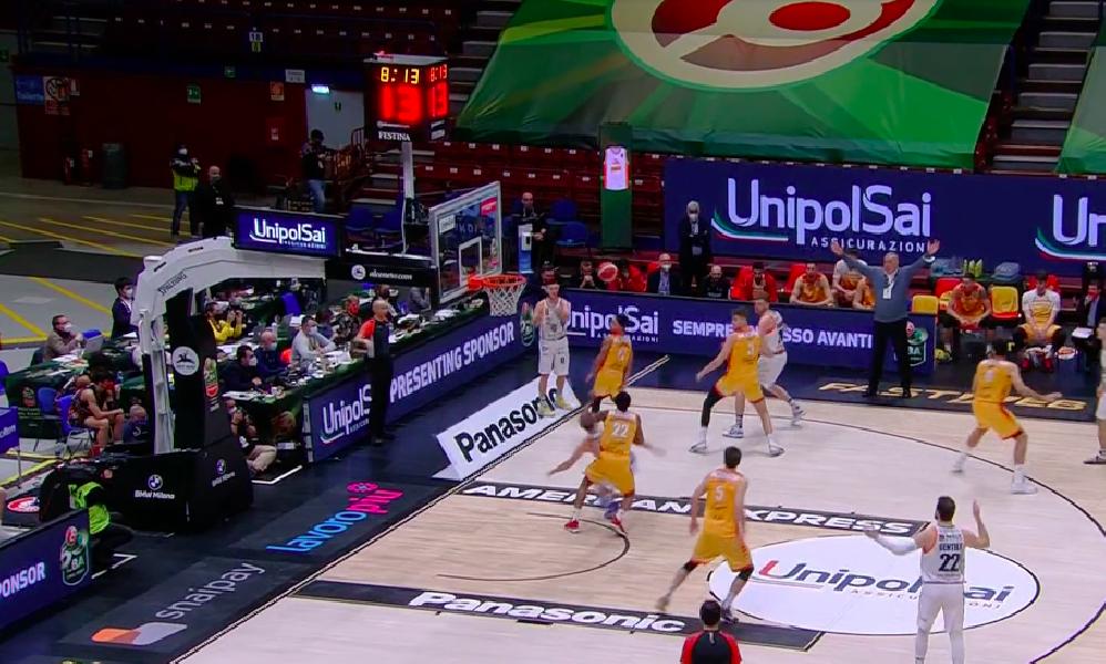 https://www.basketmarche.it/immagini_articoli/12-02-2021/frecciarossa-final-eight-pesaro-supera-dinamo-sassari-dopo-supplementare-semifinale-600.png
