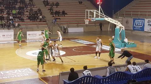 https://www.basketmarche.it/immagini_articoli/12-03-2018/serie-c-silver-il-campetto-ancona-doma-un-combattivo-fossombrone-270.jpg