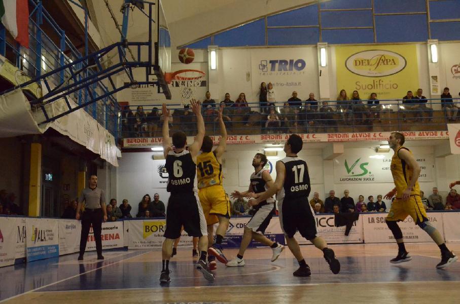 https://www.basketmarche.it/immagini_articoli/12-03-2019/gold-corsa-playoff-squadre-lotta-posti-dettagli-600.jpg