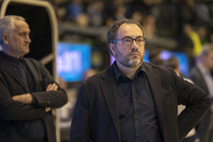 https://www.basketmarche.it/immagini_articoli/12-03-2019/poderosa-montegranaro-stefano-vanoncini-vice-allenatore-gialloblu-fino-20202021-600.jpg