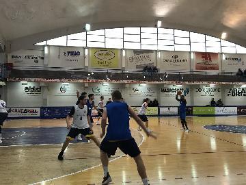 https://www.basketmarche.it/immagini_articoli/12-04-2018/serie-a2-poderosa-montegranaro-positivo-test-contro-il-porto-sant-elpidio-basket-nonostante-le-assenze-270.jpg