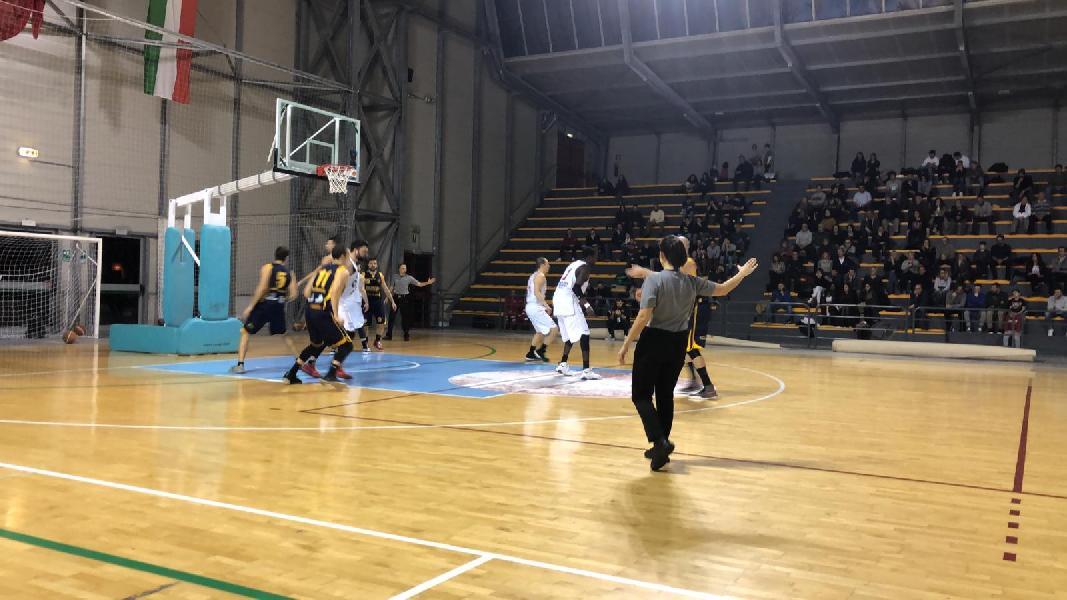 https://www.basketmarche.it/immagini_articoli/12-04-2019/gold-playoff-presentazione-vigor-matelica-sutor-montegranaro-statistiche-parole-allenatori-600.jpg