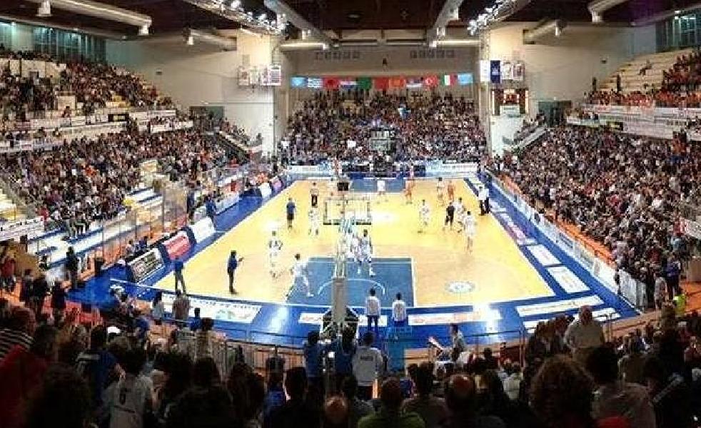 https://www.basketmarche.it/immagini_articoli/12-05-2020/stella-azzurra-roma-avellino-puntano-titolo-sportivo-roseto-sharks-600.jpg