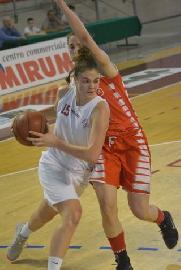 https://www.basketmarche.it/immagini_articoli/12-07-2018/serie-b-femminile-irene-bolognini-è-la-prima-conferma-del-basket-girls-ancona-270.jpg