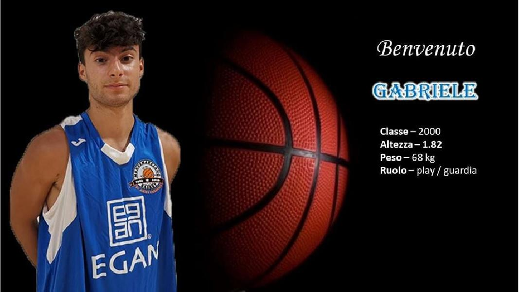 https://www.basketmarche.it/immagini_articoli/12-07-2019/ufficiale-play-gabriele-rasicci-secondo-under-montemarciano-600.jpg
