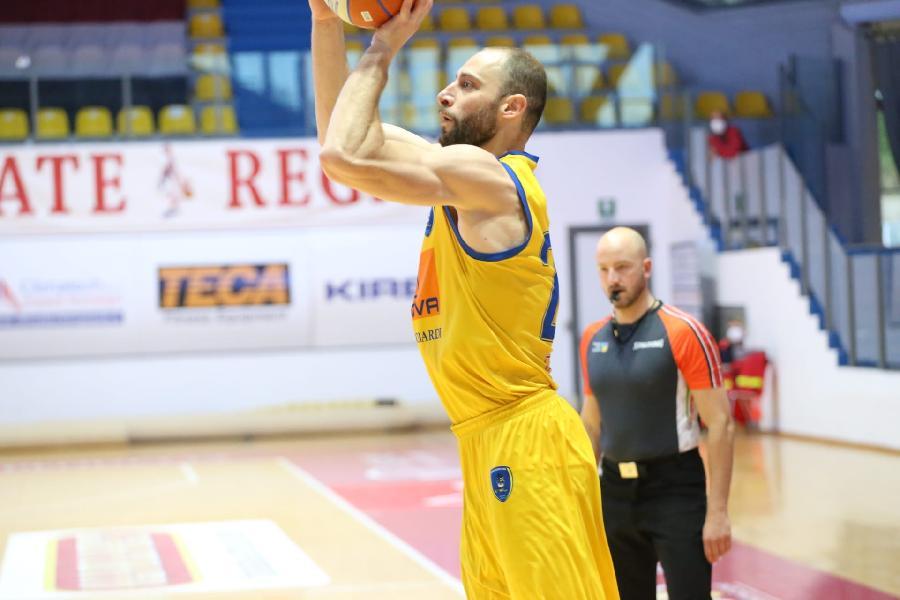 https://www.basketmarche.it/immagini_articoli/12-07-2021/ufficiale-pallacanestro-cant-annuncia-firma-luigi-sergio-600.jpg