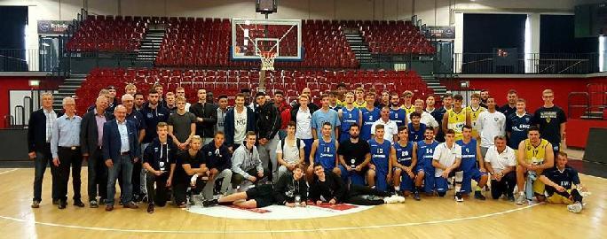 https://www.basketmarche.it/immagini_articoli/12-09-2017/giovanili-tre-atleti-della-robur-family-osimo-protagonisti-in-germania-270.jpg