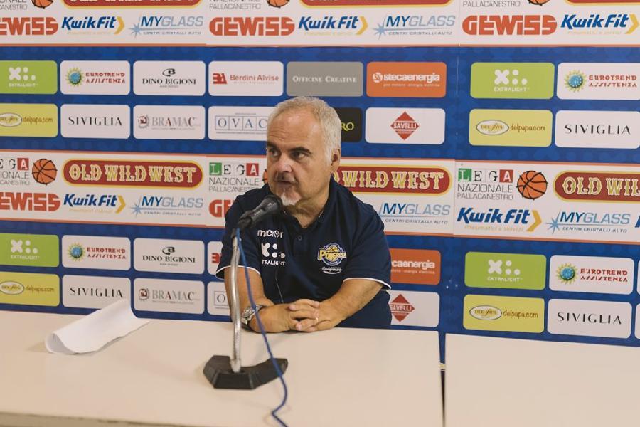 https://www.basketmarche.it/immagini_articoli/12-09-2019/poderosa-montegranaro-coach-ciani-vittoria-buonumore-convinzioni-600.jpg