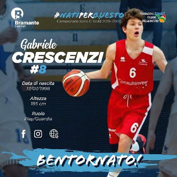 https://www.basketmarche.it/immagini_articoli/12-09-2019/ufficiale-bramante-pesaro-annuncia-ritorno-play-gabriele-crescenzi-600.jpg