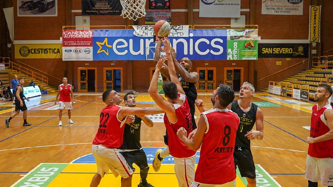https://www.basketmarche.it/immagini_articoli/12-09-2020/prima-uscita-interessante-cestistica-severo-real-sebastiani-rieti-600.jpg