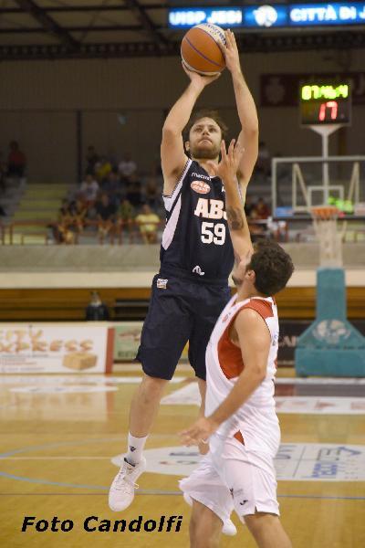 https://www.basketmarche.it/immagini_articoli/12-10-2019/aurora-jesi-derby-pallacanestro-senigallia-parole-grande-fabio-giampieri-600.jpg